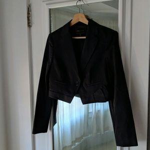 NWOT BCBG Max Azria Black Cropped Blazer